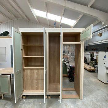Bespoke Utility room cabinets manufactured using Egger Natural Nebraska Oak