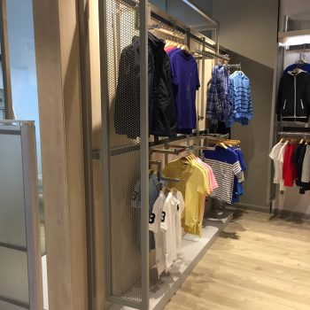 Wall Display Unit for Displaying Clothes