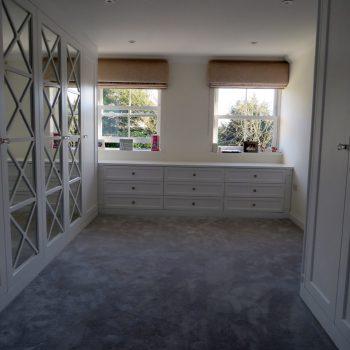 Walk in wardrobe, Mirror Fret work doors, large chest of drawer unit