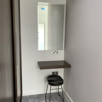 Floating shelf to use a dressing table