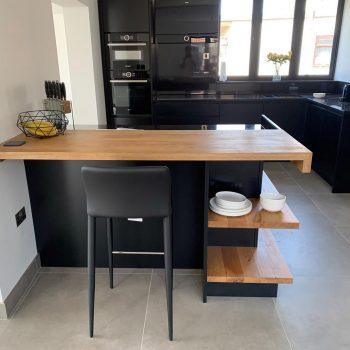 Kitchen island unit, Oak worktops black cabinetry