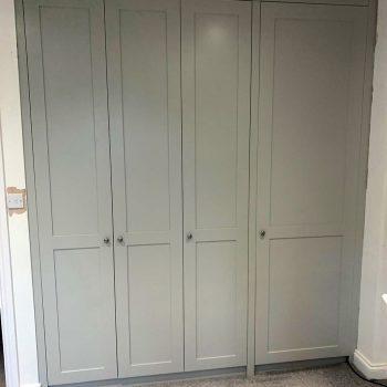 Wardrobe with square edge shaker style doors