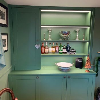 Alcove display cabinet with LED lighting